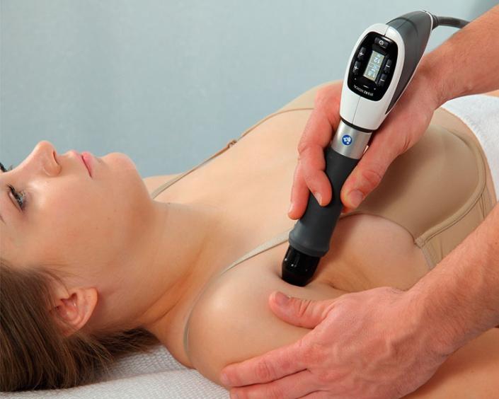 Stoßwellen-Therapie bei Schulterschmerzen